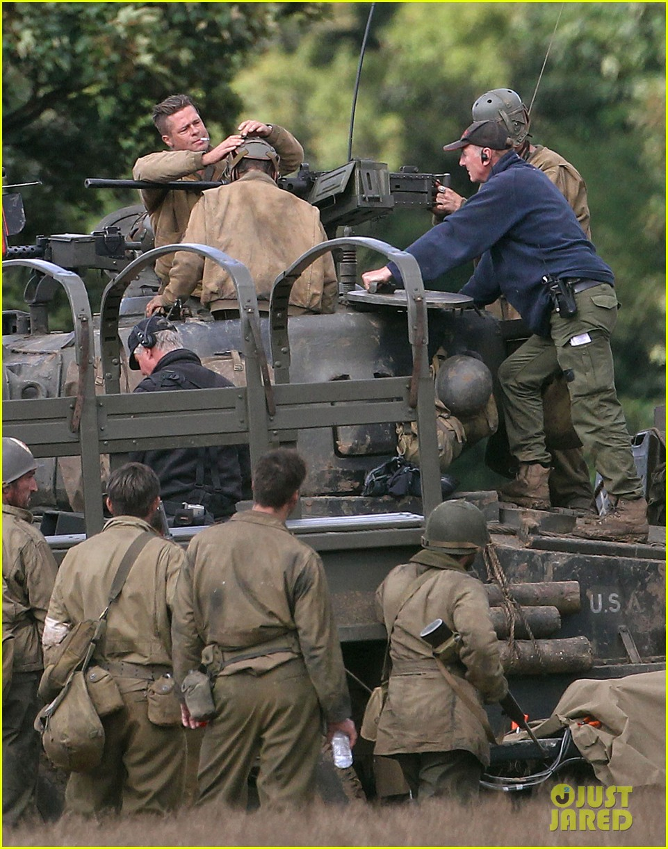 brad pitt shia labeouf continue shooting fury tank scenes 032965915