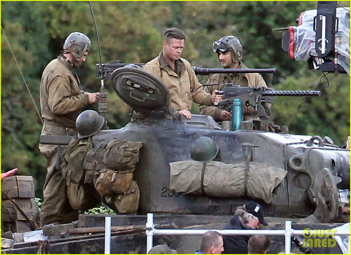 brad pitt shia labeouf continue shooting fury tank scenes 052965917
