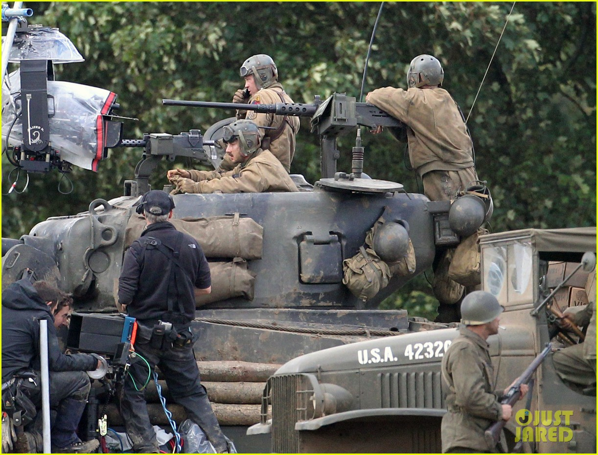 brad pitt shia labeouf continue shooting fury tank scenes 072965919