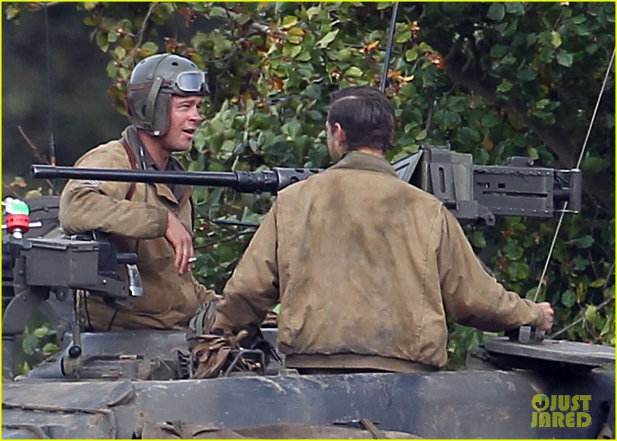 brad pitt shia labeouf continue shooting fury tank scenes 082965920