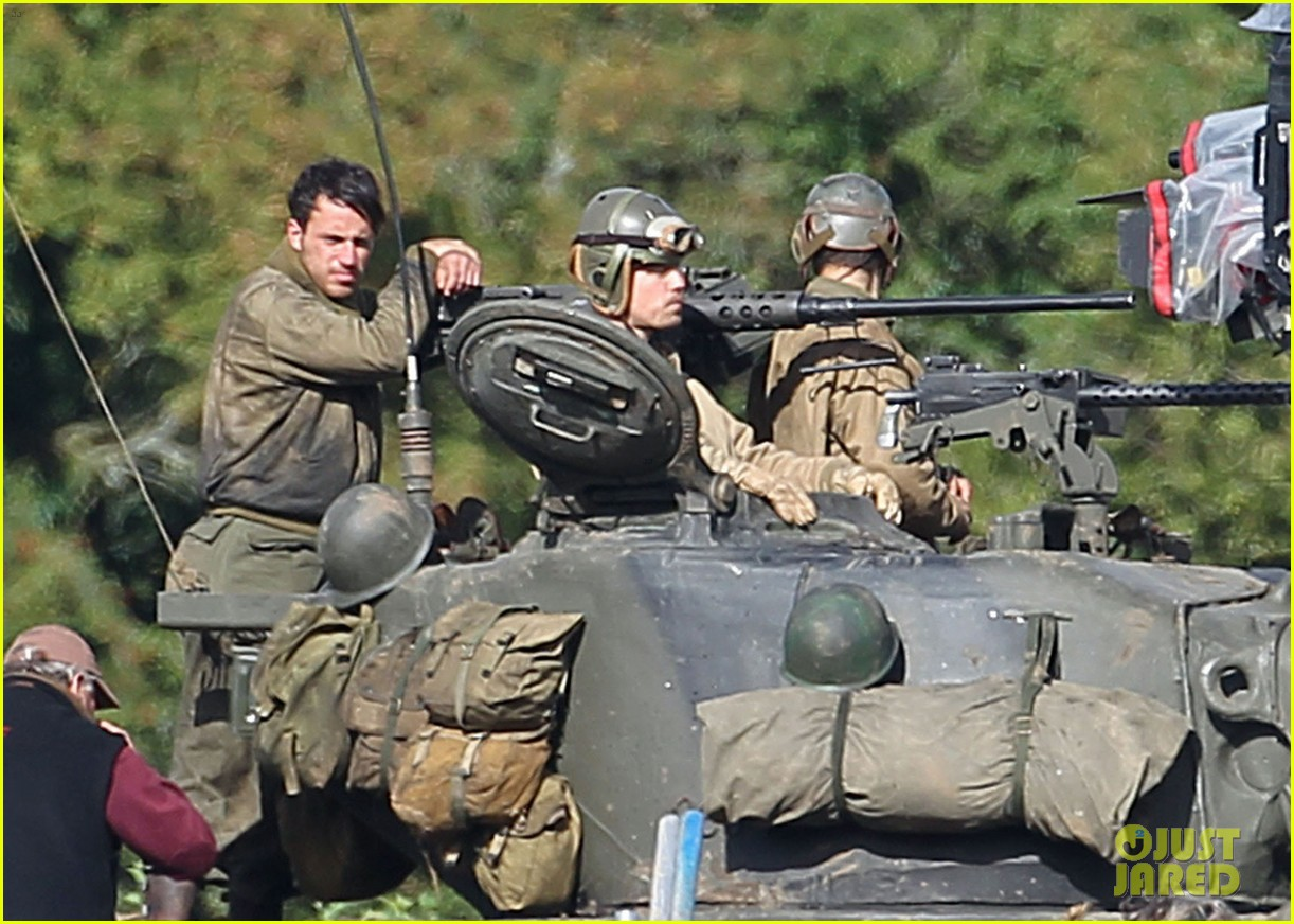 brad pitt shia labeouf continue shooting fury tank scenes 142965926