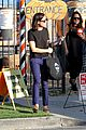 aubrey plaza goes pumpkin picking with dane dehaan 17