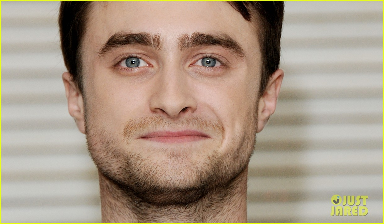 daniel radcliffe dane dehaan kill your darlings bfi photo call 12
