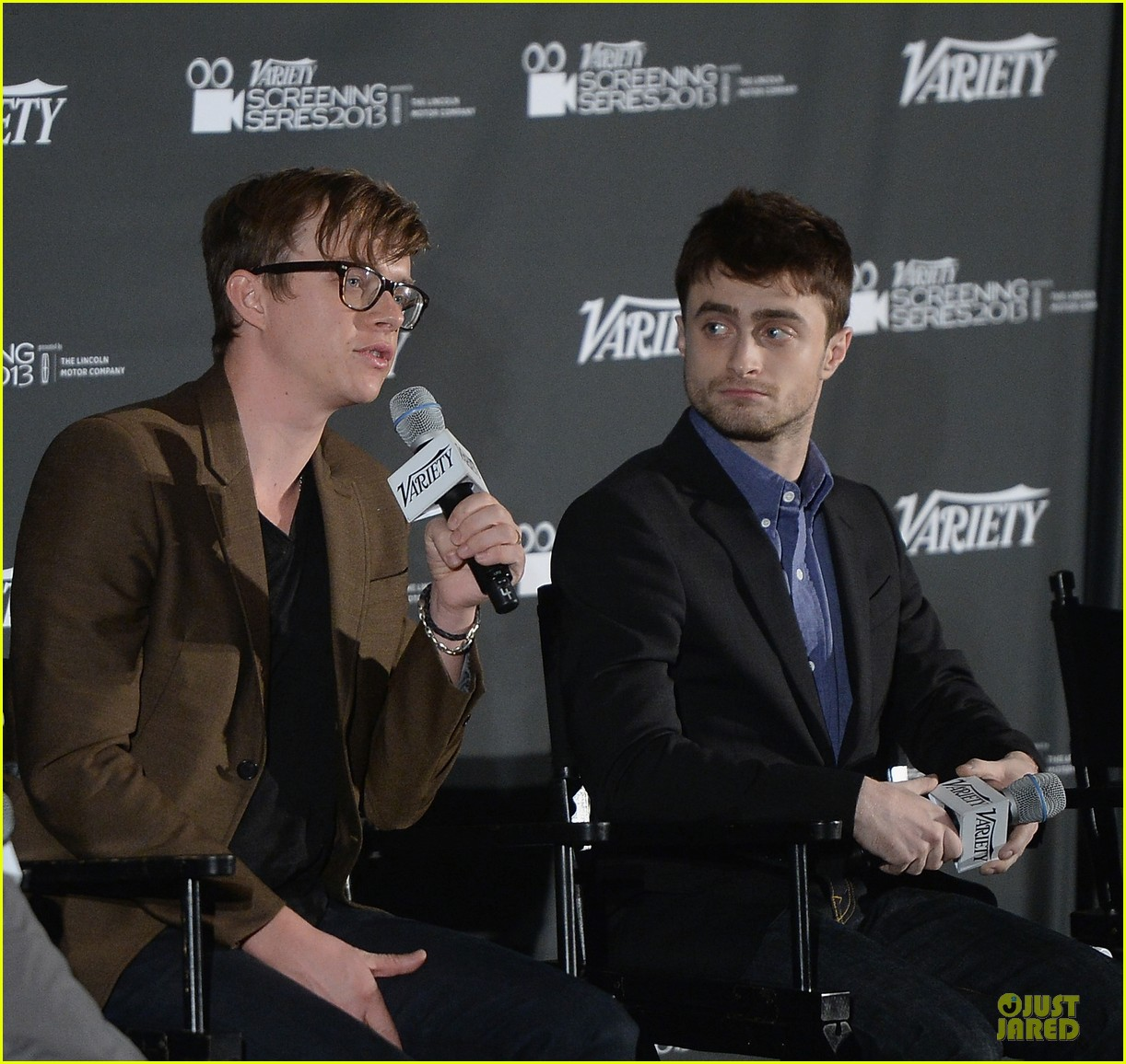 daniel radcliffe im comfortable with being naked 032967178