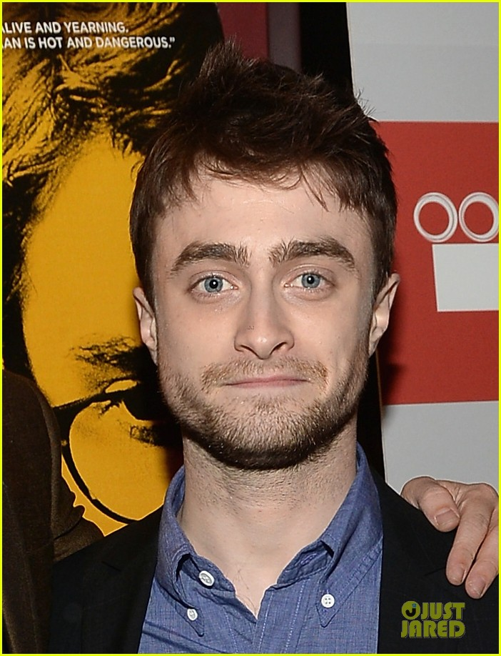 daniel radcliffe im comfortable with being naked 062967181