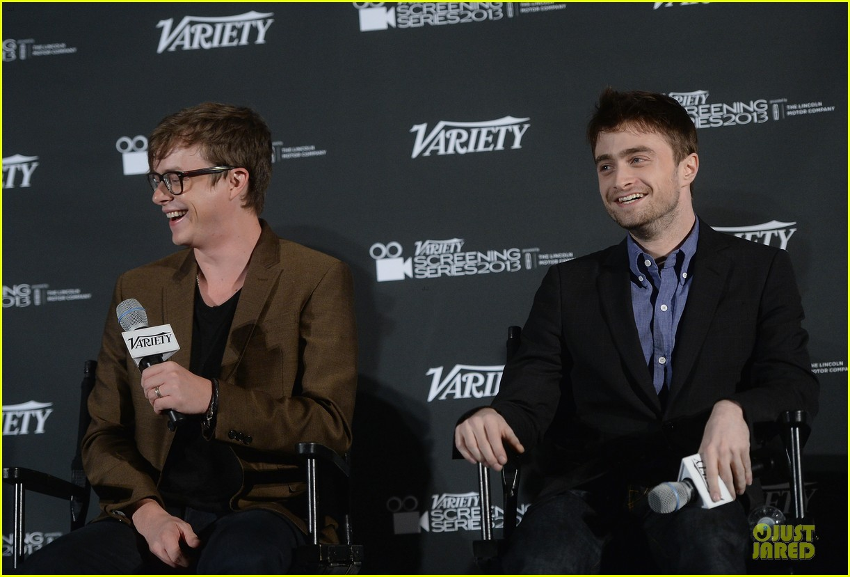 daniel radcliffe im comfortable with being naked 092967184