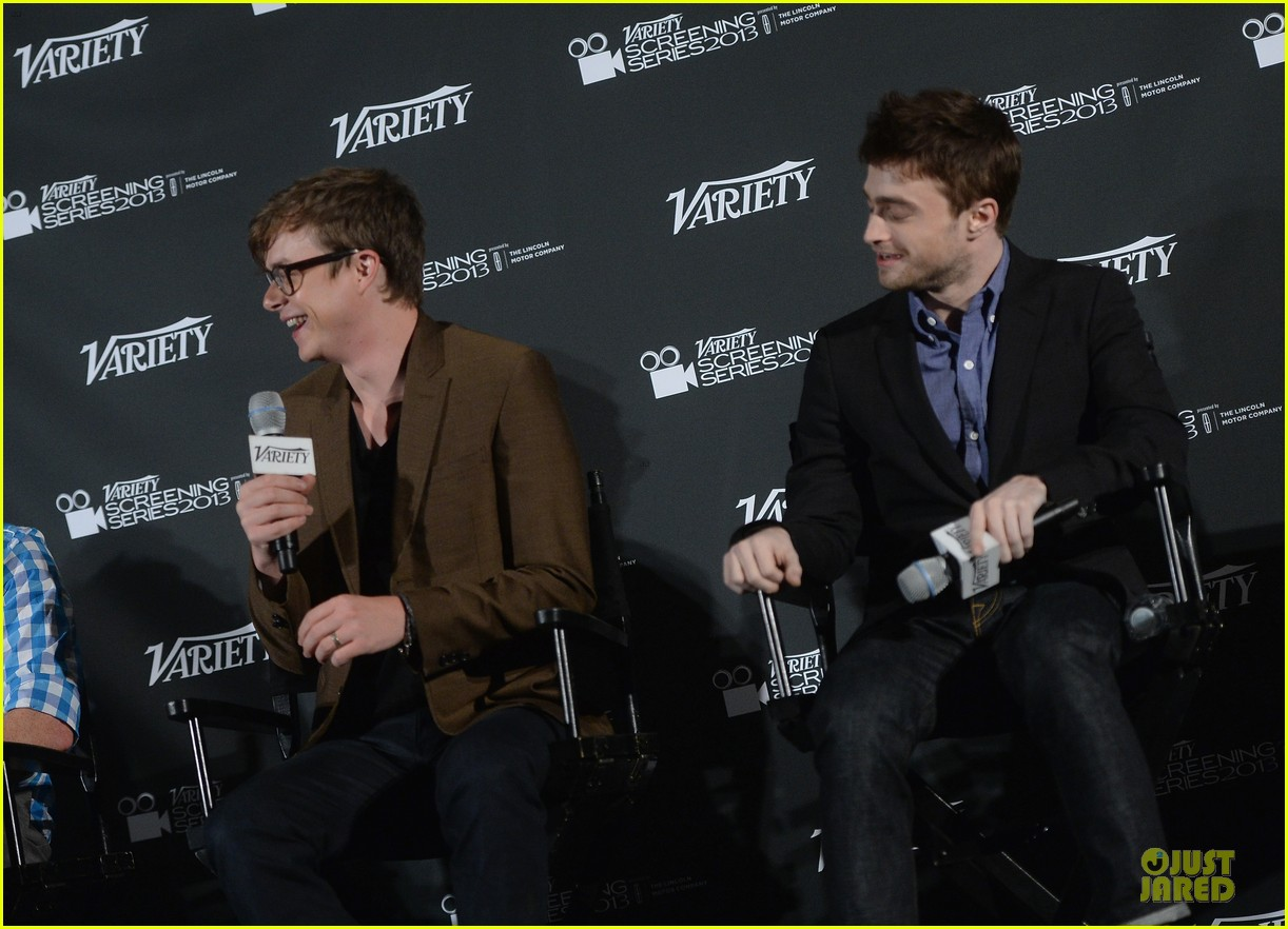 daniel radcliffe im comfortable with being naked 122967187