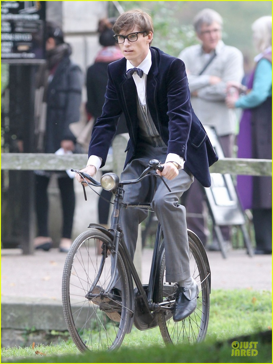 eddie redmayne felicity jones theory of everything set 132968035
