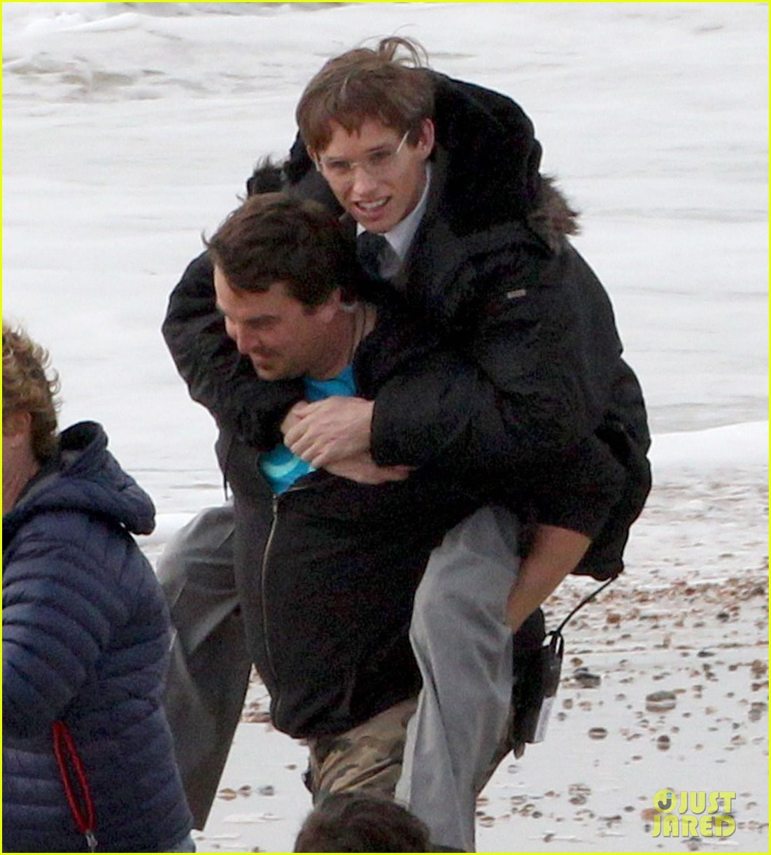 eddie redmayne gets piggy back ride on set 072975418