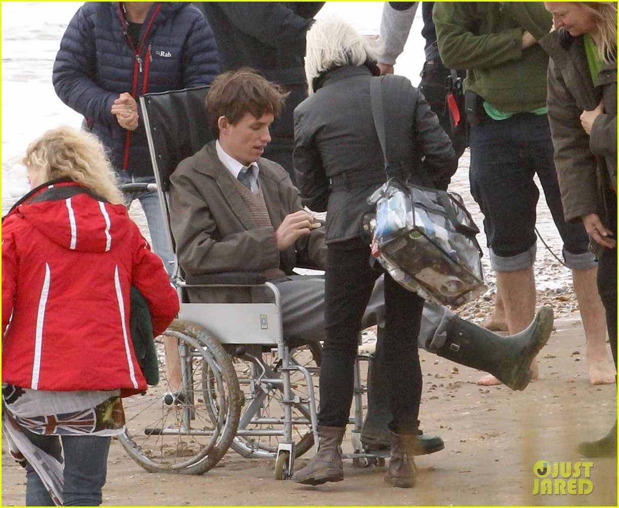 eddie redmayne gets piggy back ride on set 172975428