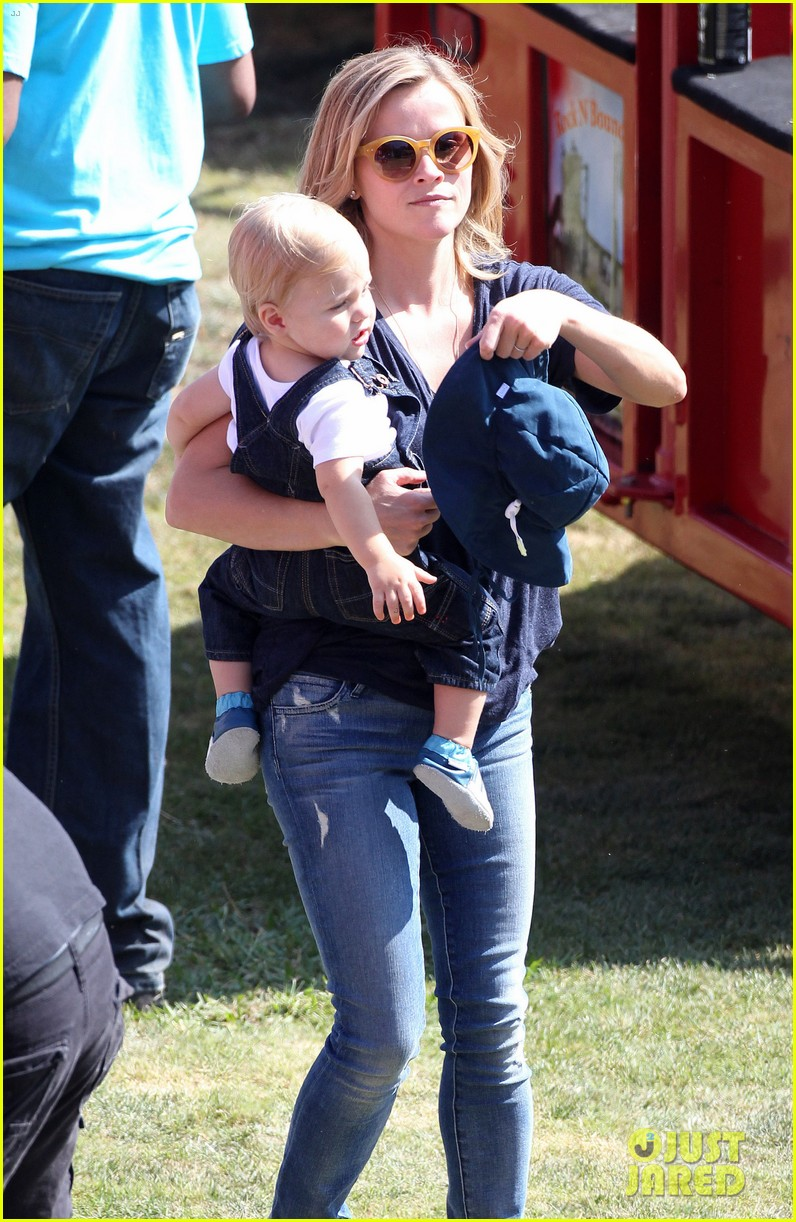 reese witherspoon jim toth brentwood corn festival 262976131