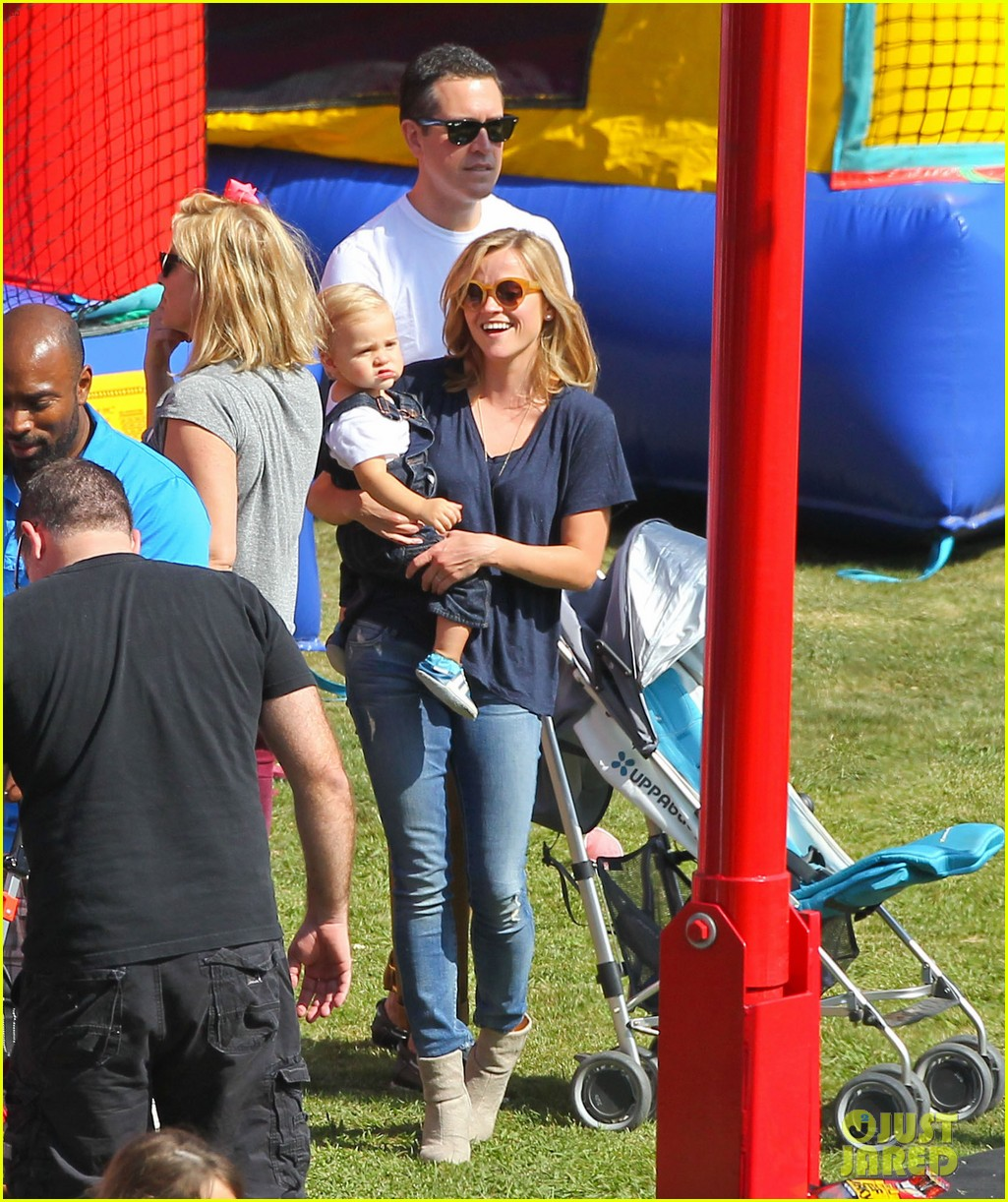 reese witherspoon jim toth brentwood corn festival 342976139