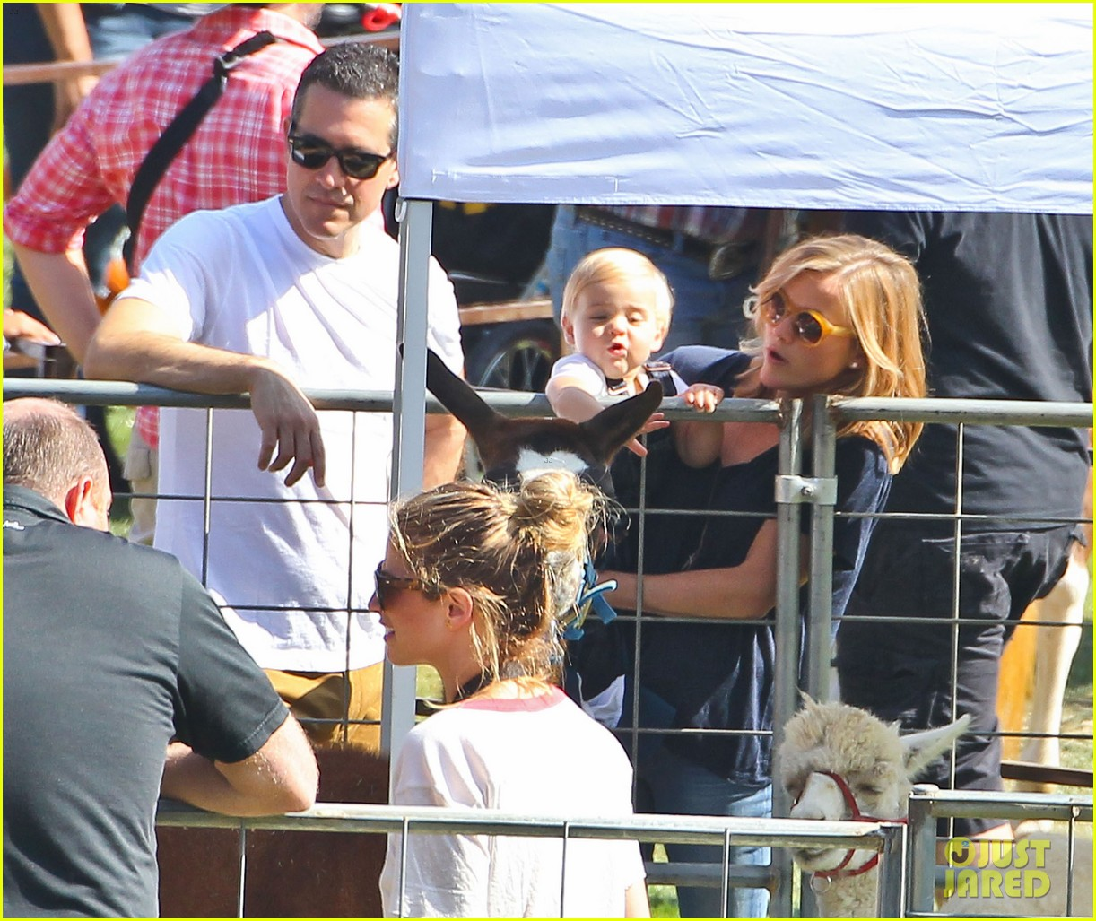 reese witherspoon jim toth brentwood corn festival 462976151
