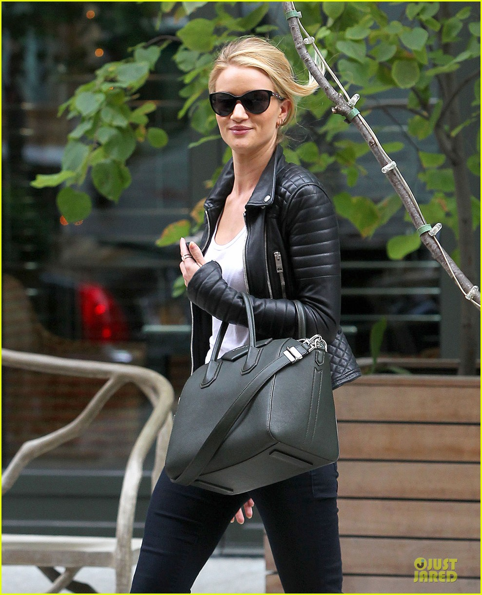 rosie huntington whiteley its expected for models to be real 042969134