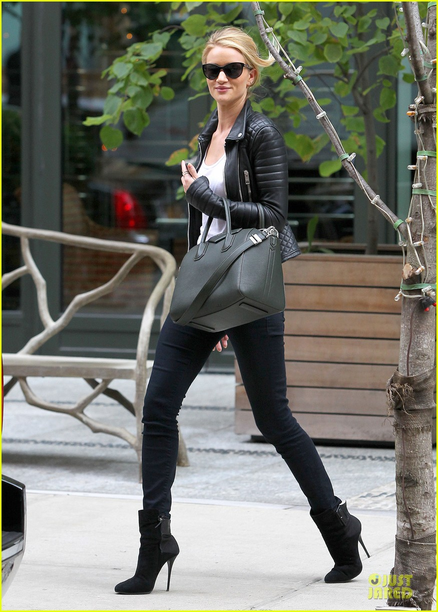 rosie huntington whiteley its expected for models to be real 052969135