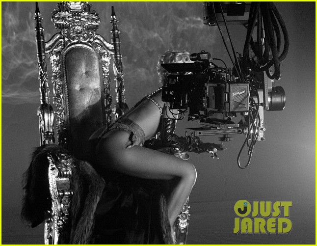 rihanna more pour it up behind the scenes video 022963803