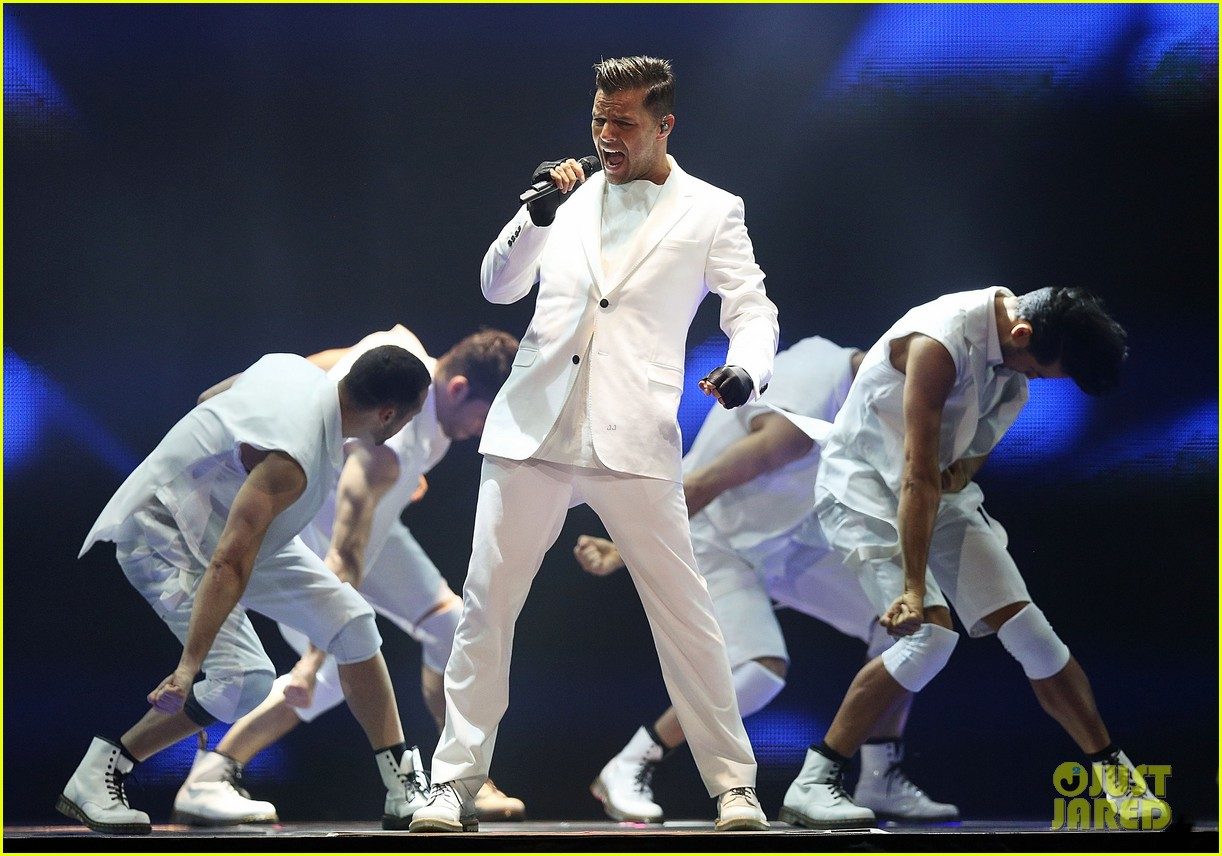 ricky martin hits the stage in australia 082966742