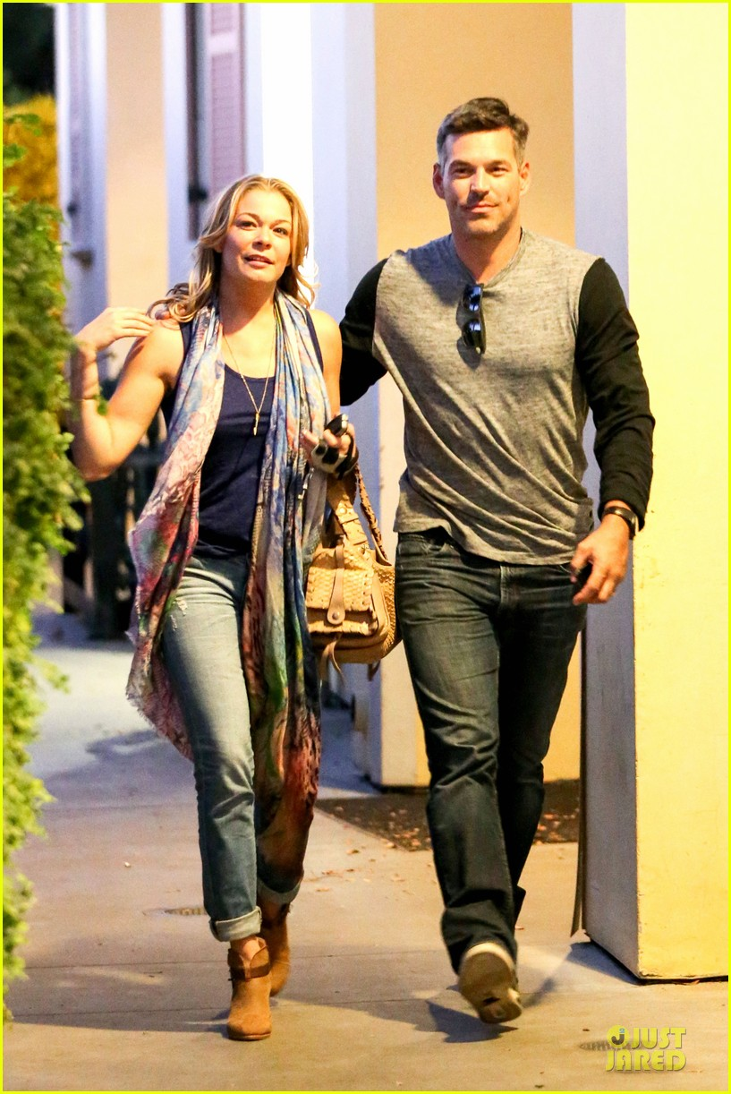 leann rimes sushi dinner date with my man eddie cibrian 042966279
