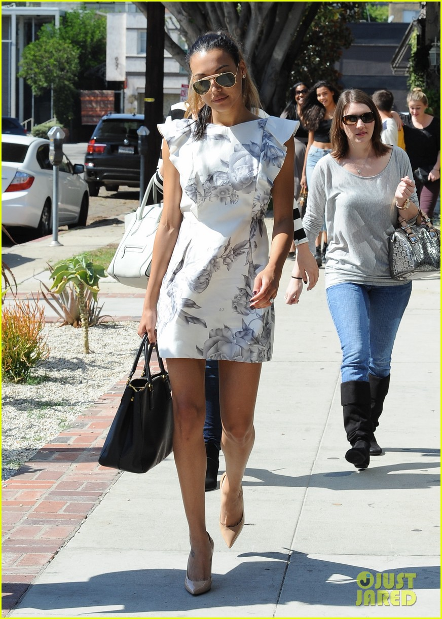 naya rivera goes wedding dress shopping with kevin mchale 092970791