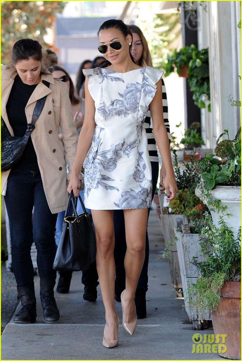 naya rivera goes wedding dress shopping with kevin mchale 26