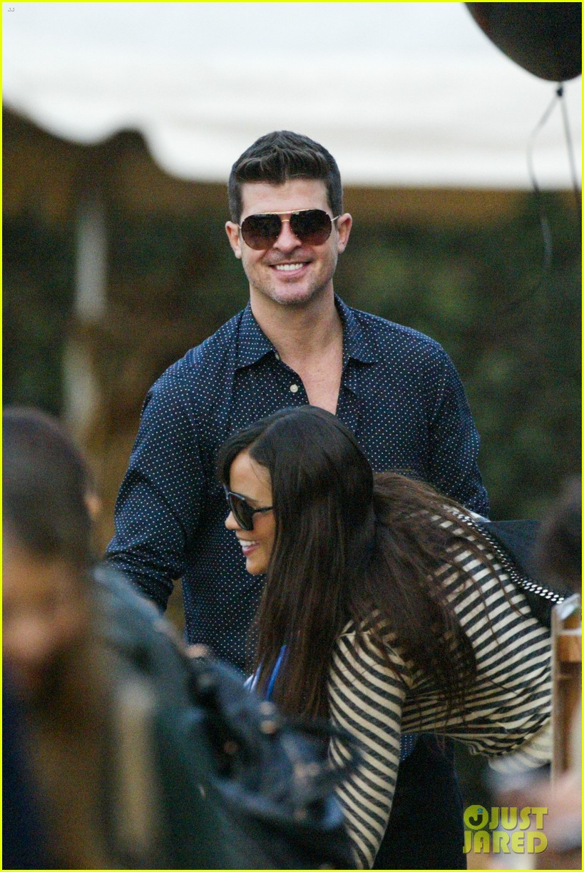 robin thicke paula patton smooches pumpkin patch 222981001