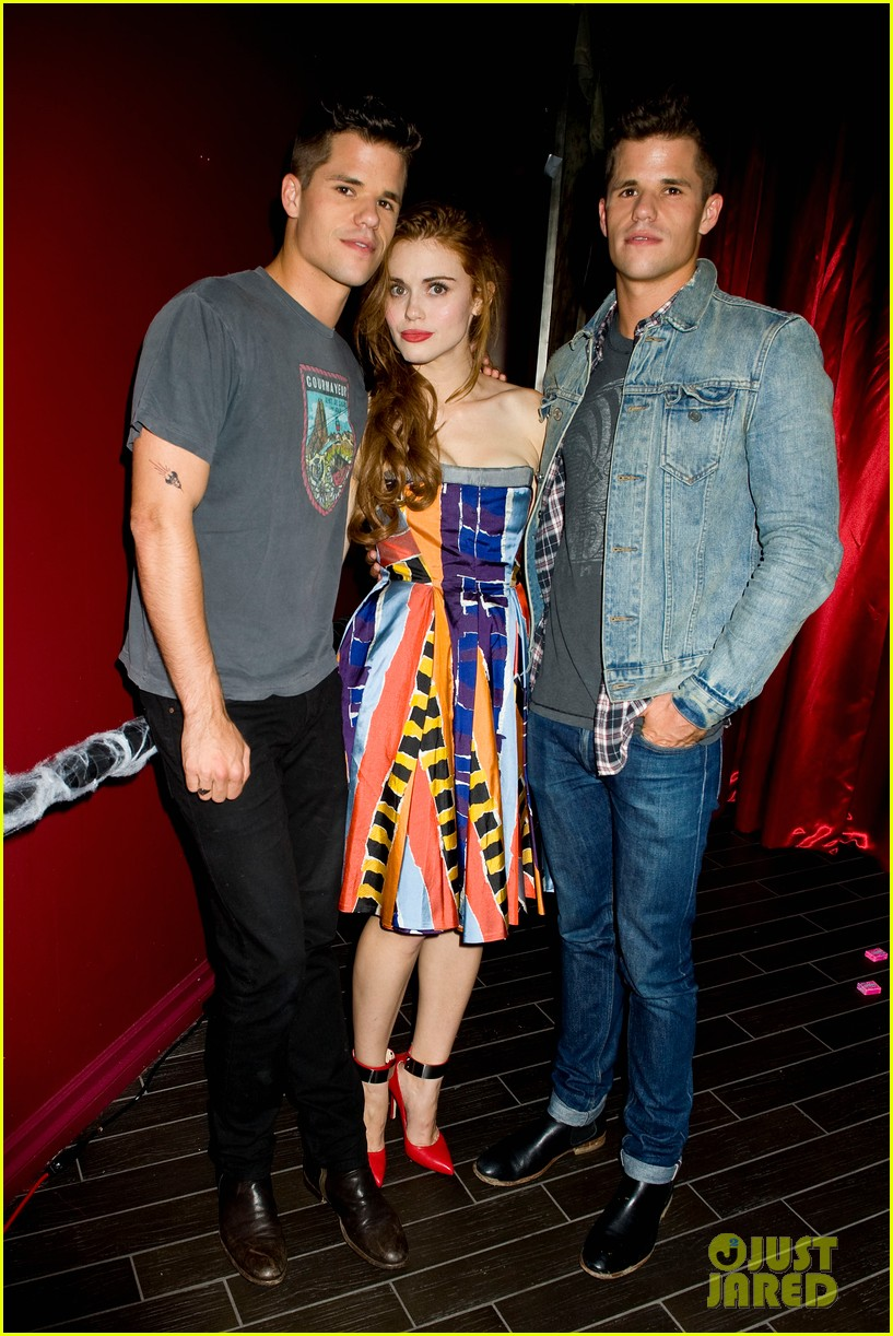 holland roden teen wolf cast just jared halloween party 2013 032979332
