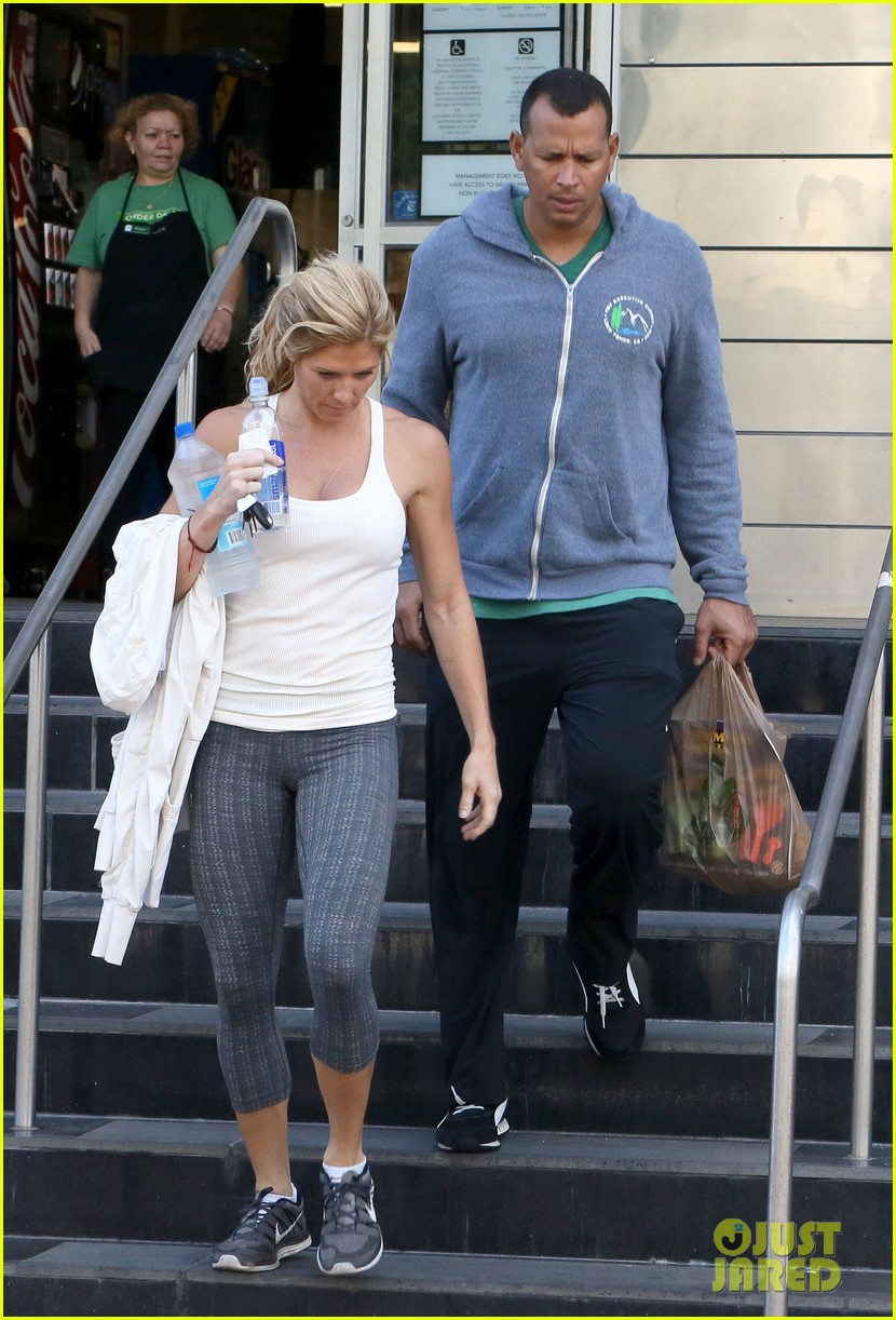 alex rodriguez gym with torrie wilson after whistleblower incident 032976988