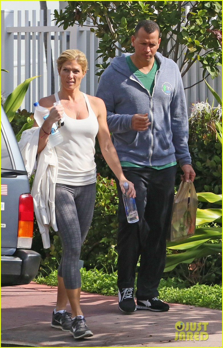 alex rodriguez gym with torrie wilson after whistleblower incident 042976989