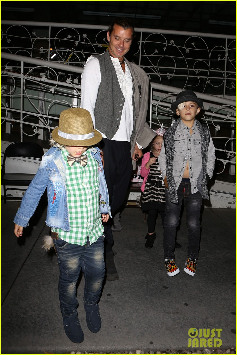 gavin rossdale celebrates birthday with gwen stefani kids 052983188