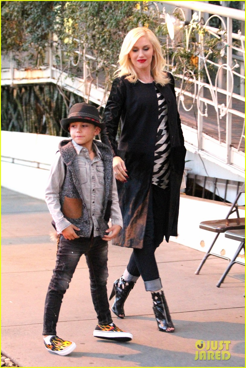 gavin rossdale celebrates birthday with gwen stefani kids 082983191