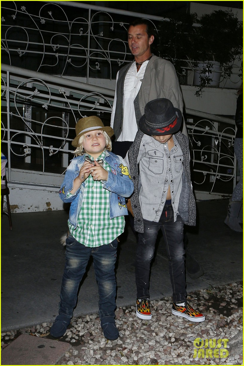 gavin rossdale celebrates birthday with gwen stefani kids 272983210
