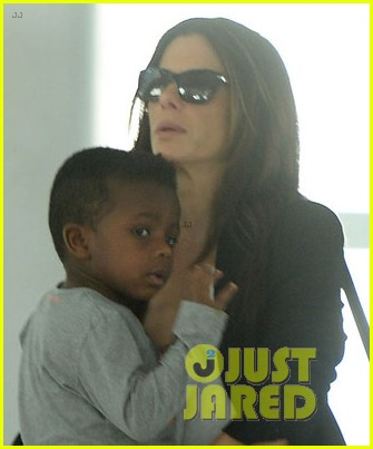sandra bullock gravity expected to break october records 022966417