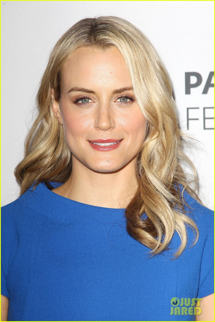 taylor schilling orange is the new black paleyfest event 16
