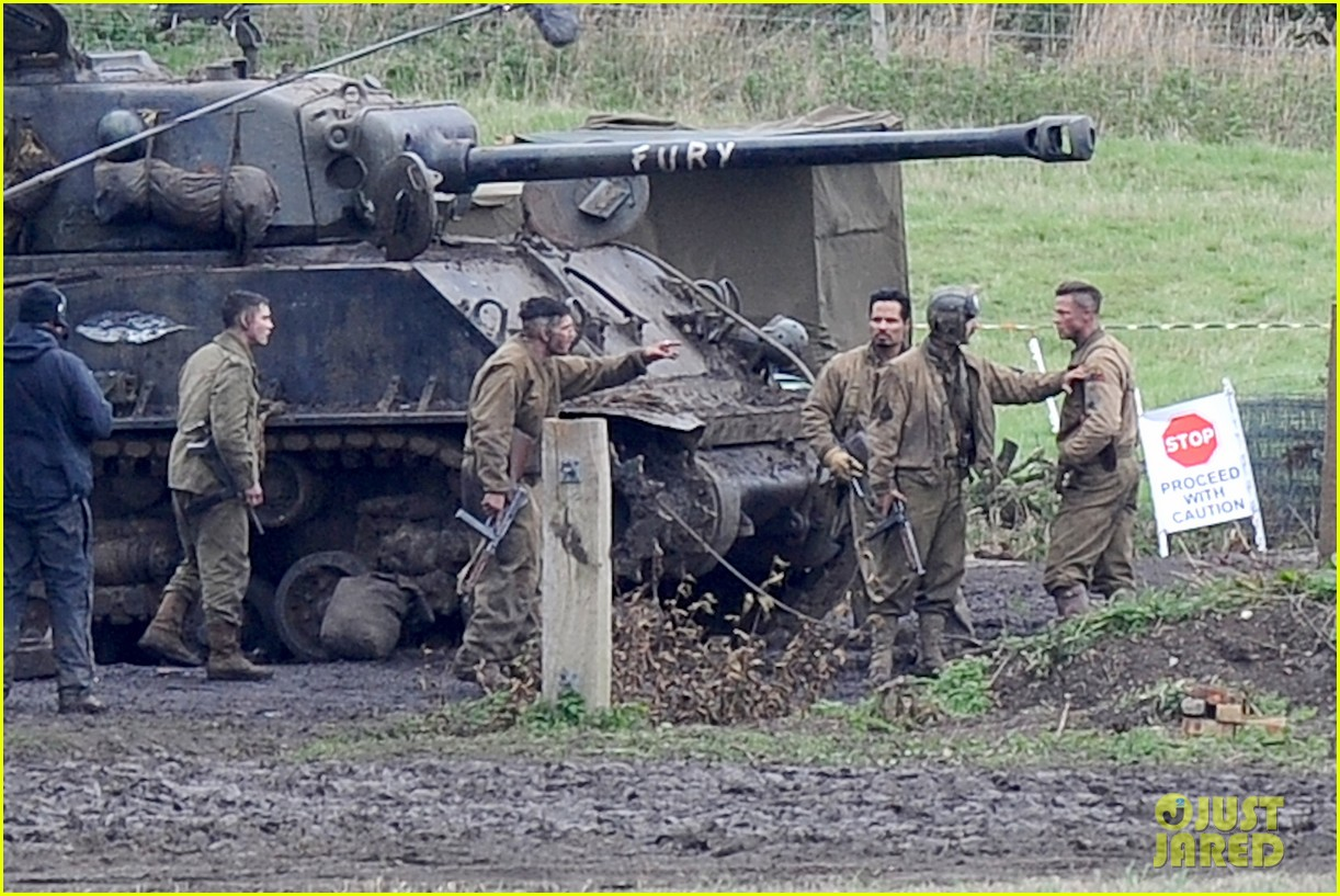 brad pitt shia labeouf continue fury filming 07