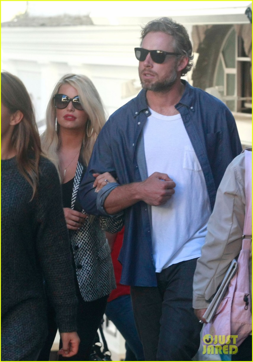 jessica simpson eric johnson continue wedding scouting 012973687