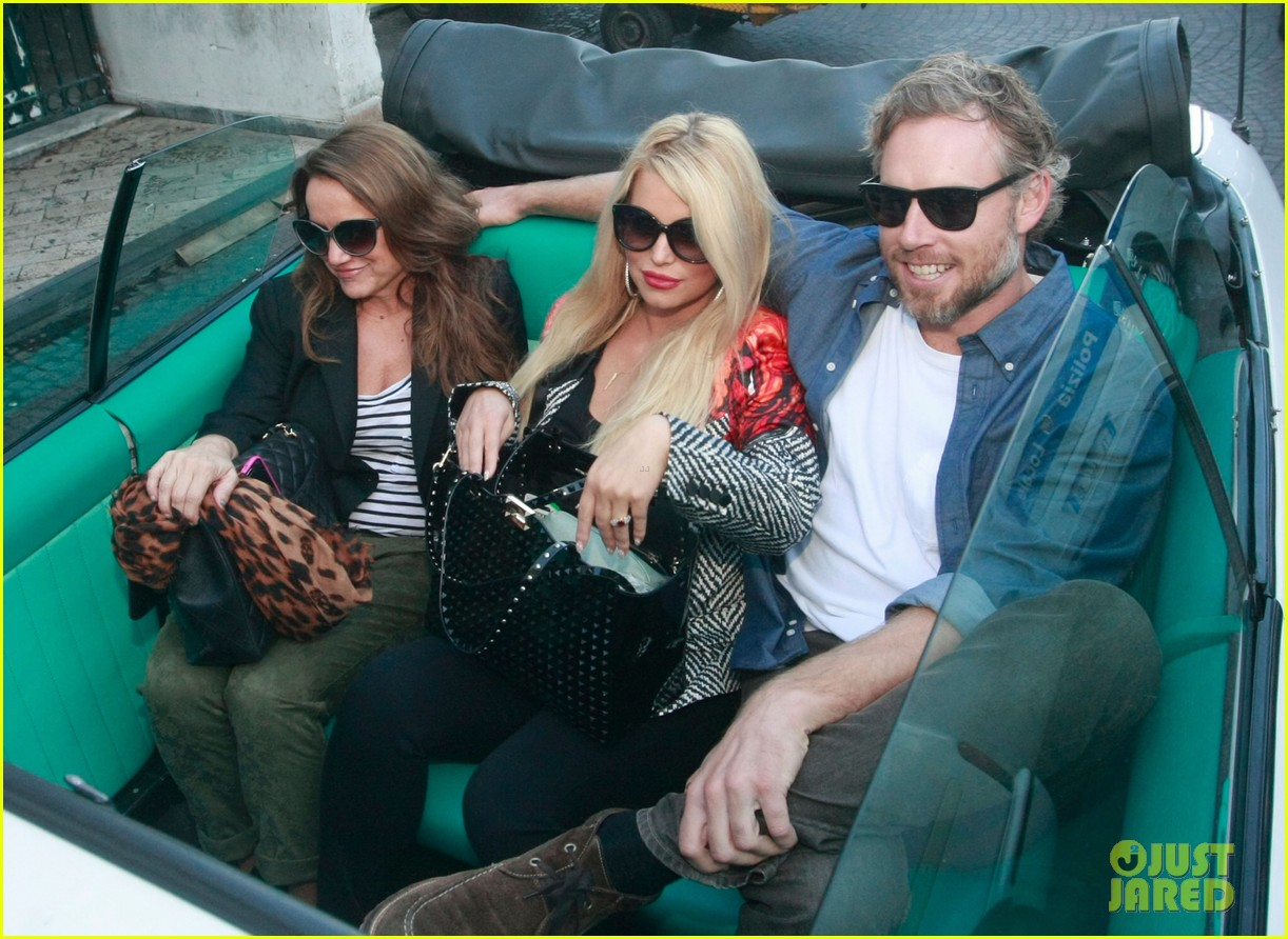 jessica simpson eric johnson continue wedding scouting 122973698