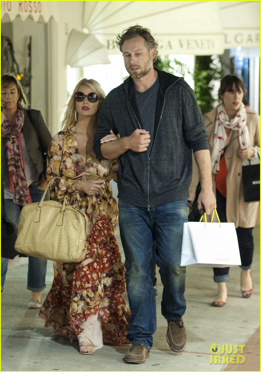 jessica simpson eric johnson in capri prepping wedding 012973228