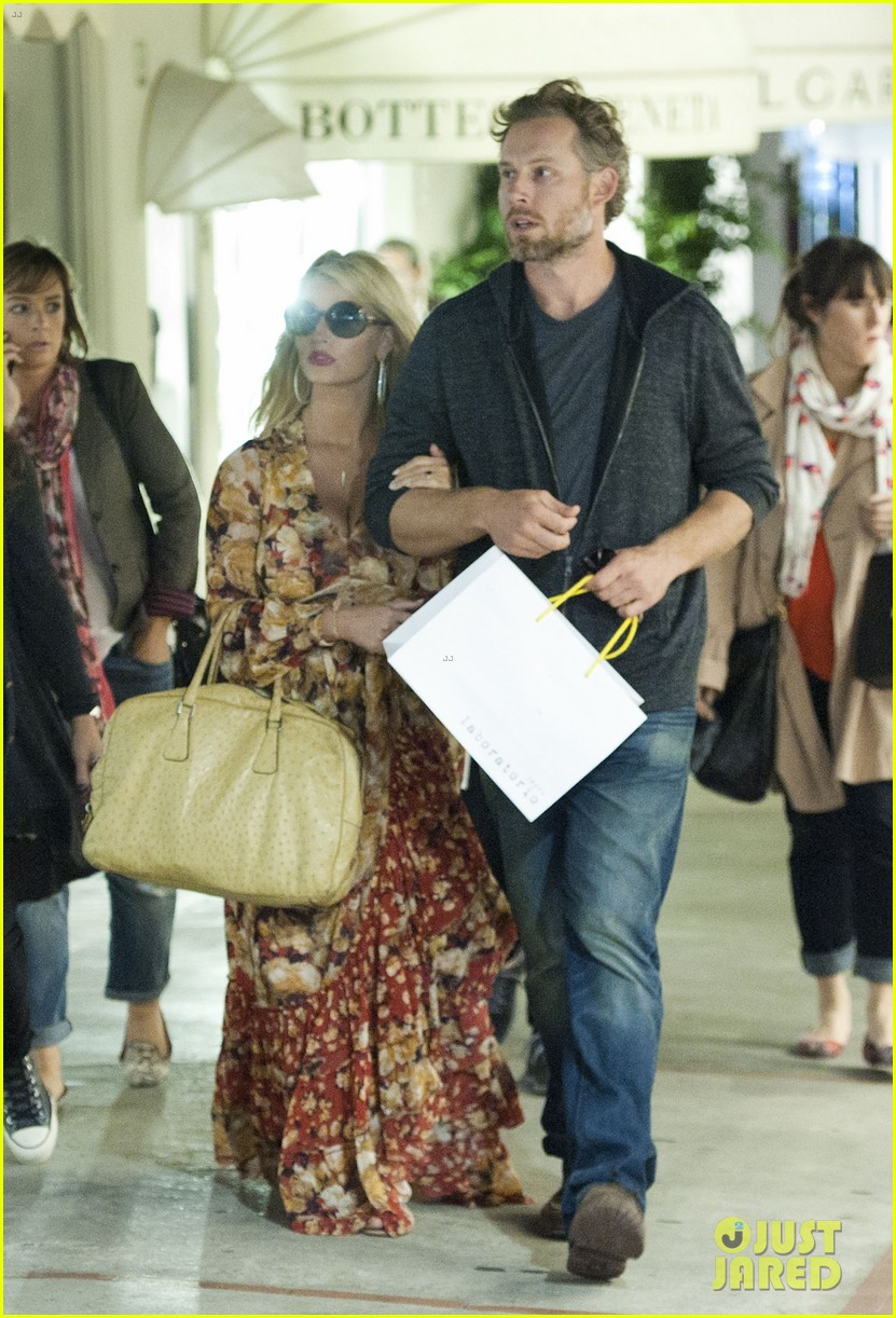 jessica simpson eric johnson in capri prepping wedding 112973238