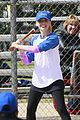 sarah michelle gellar robin williams crazy baseball duo 02
