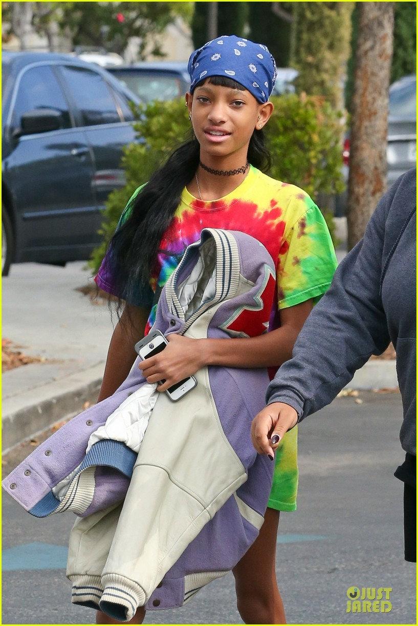 willow jaden smith sugarfish with kylie kendall jenner 022972024