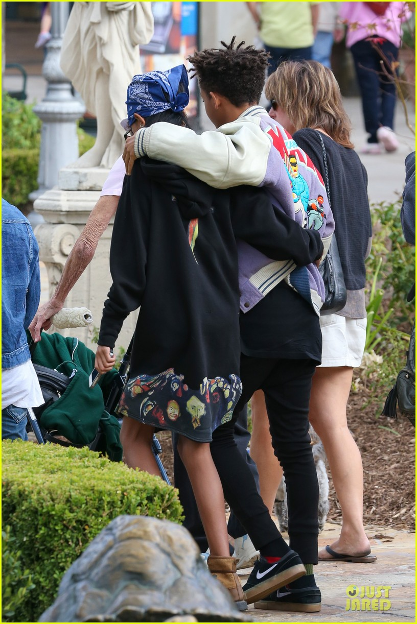 willow jaden smith sugarfish with kylie kendall jenner 232972045