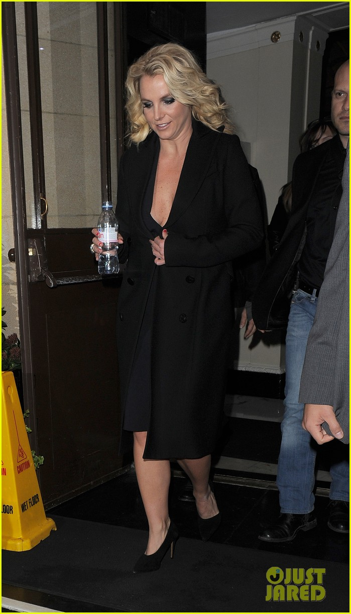 britney spears tapes chatty man appearance in london 052973212