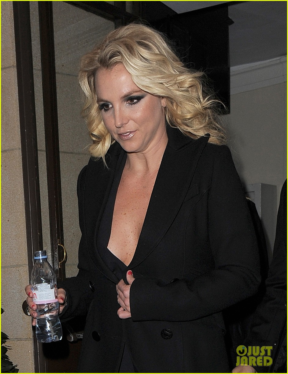 britney spears tapes chatty man appearance in london 072973214