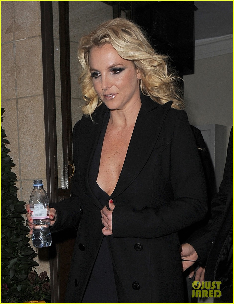 britney spears tapes chatty man appearance in london 082973215