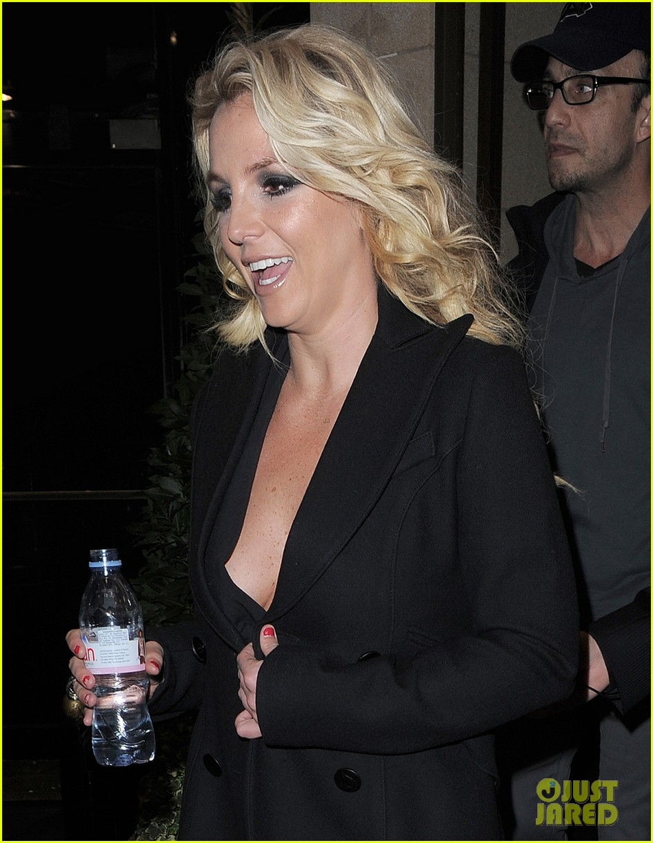 britney spears tapes chatty man appearance in london 172973224