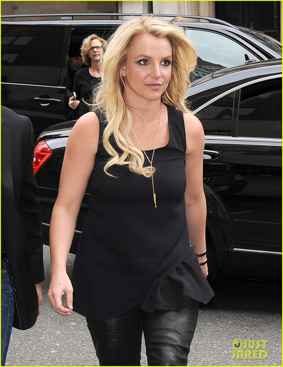 britney spears makes capital fm radio appearance in london 042971619