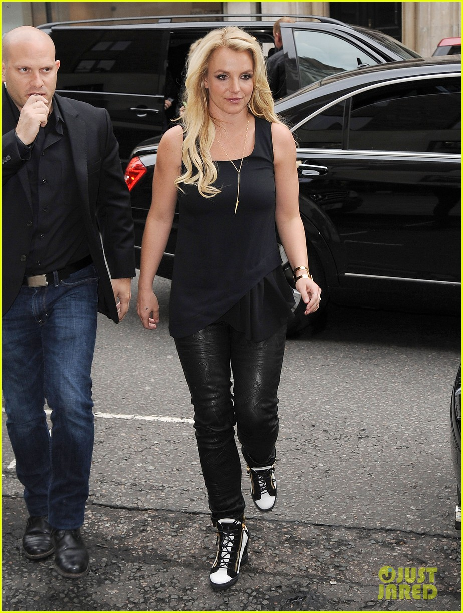 britney spears makes capital fm radio appearance in london 092971624