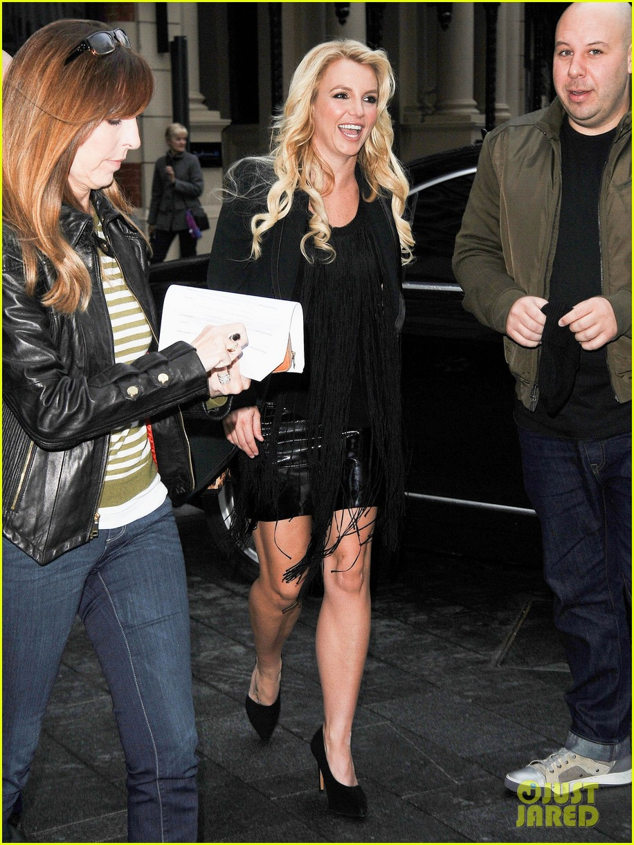 britney spears makes capital fm radio appearance in london 142971629