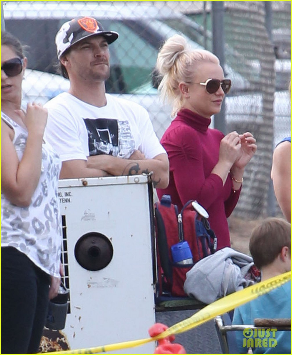 britney spears jayden soccer game with kevin federline 18