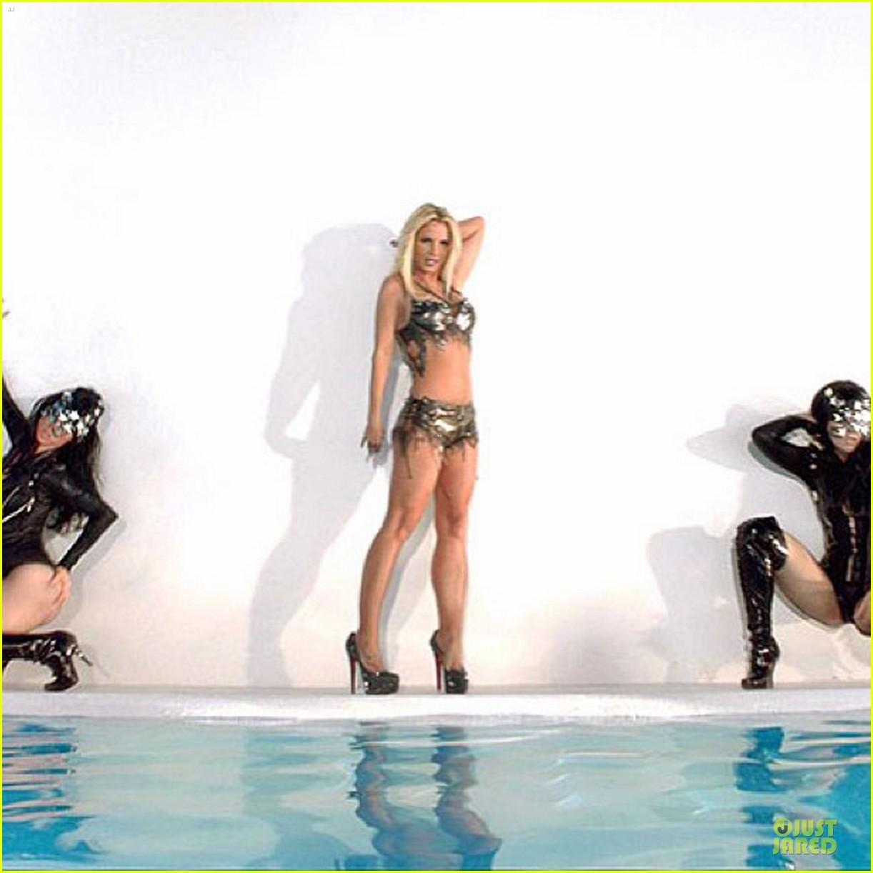 Britney spears work bitch uncensored version 4